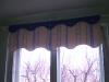 Kék csíkos függöny