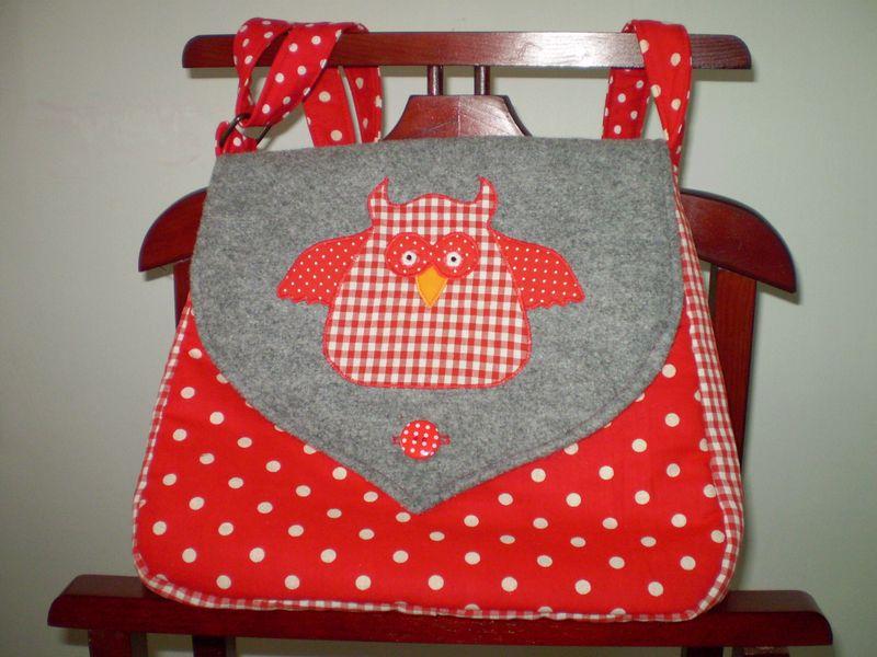 Piros baglyos táska