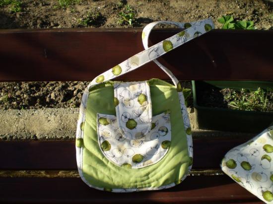 Zöld női táska