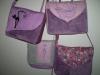Lila táskák