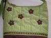 barna virágos táska